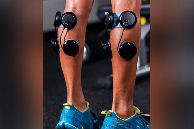 11-elektrostymulatory-łydka-ból-bracing
