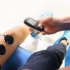 Studia kliniczne udowadniają skuteczność elektrycznej stymulacji mięśni.
